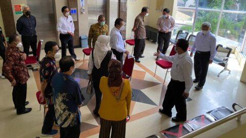 Rektor Menilik Lokasi Ujian di Fakultas Teknik